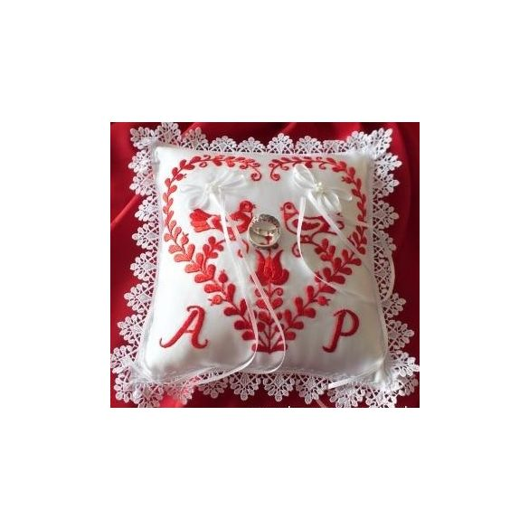 Folk-tale ring pillow