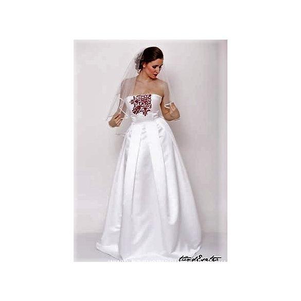 Tündér menyasszonyi ruha