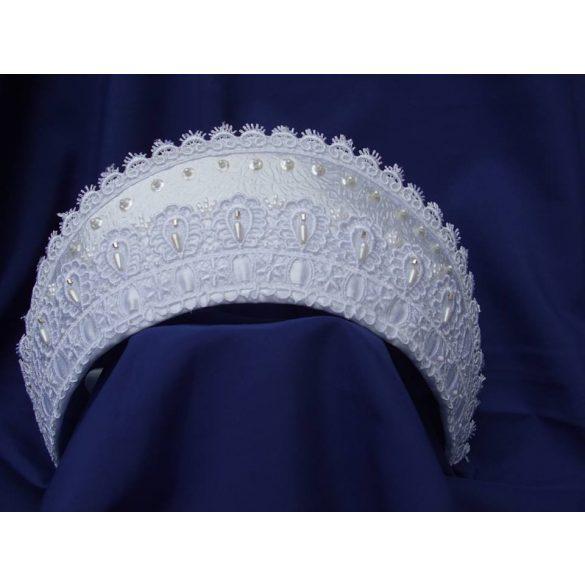 Bride headdress lace