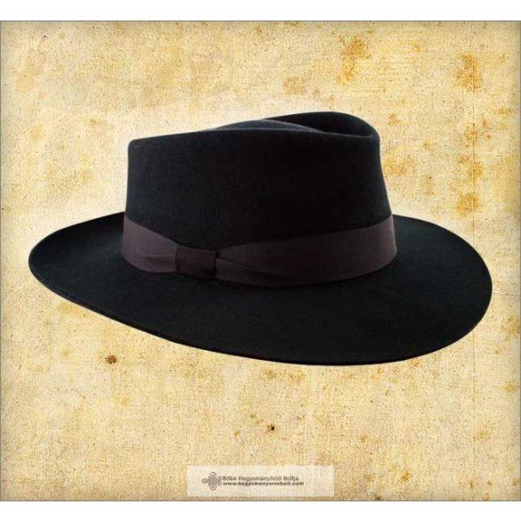 Nagy karimájú székely kalap