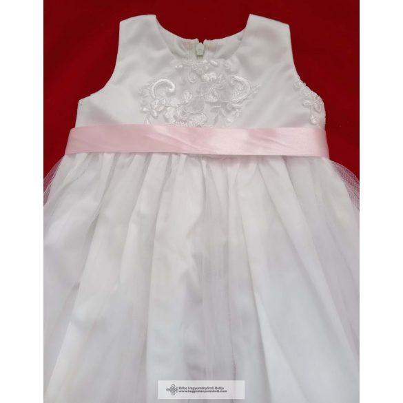 Keresztelő ruha, Kíra