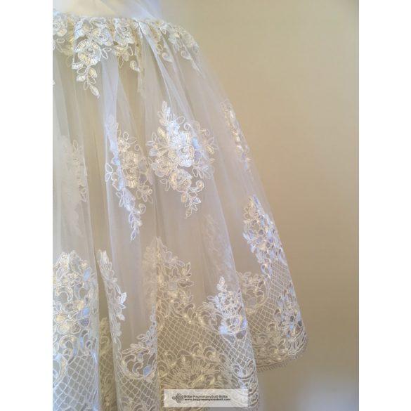 Gyöngyi menyasszonyi ruha