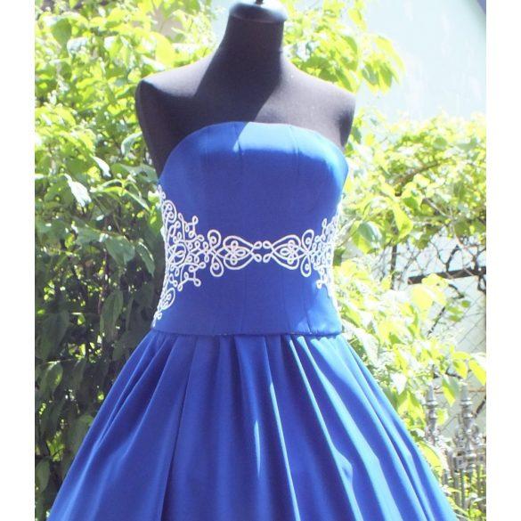 Eszter menyecske ruha-kék