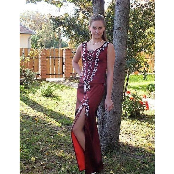 Brigitta menyecske ruha