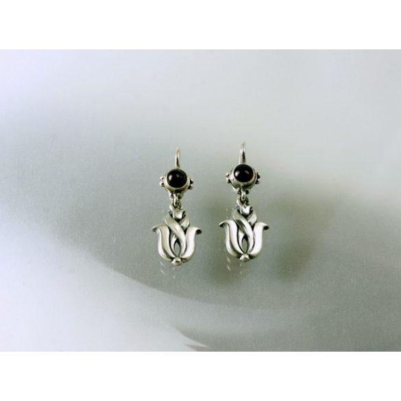 Stony tulip earring