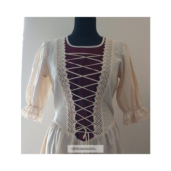 Rusztikus ruha-bordó betéttel