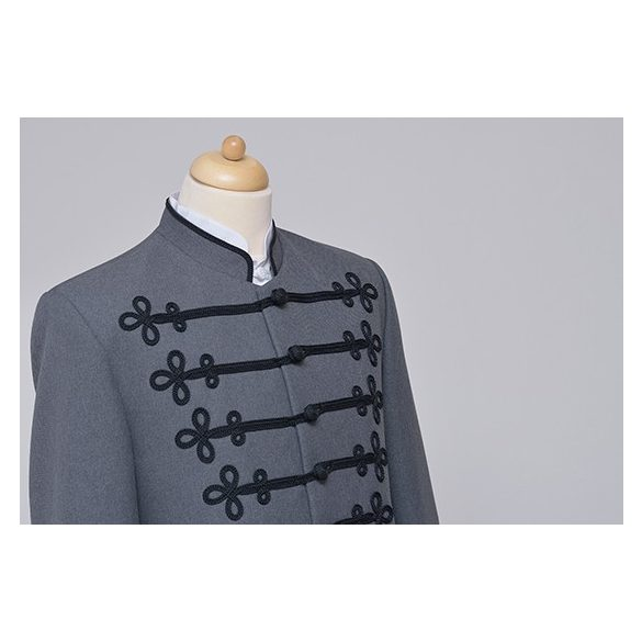 Bocskai öltöny szürke, fekete díszítéssel