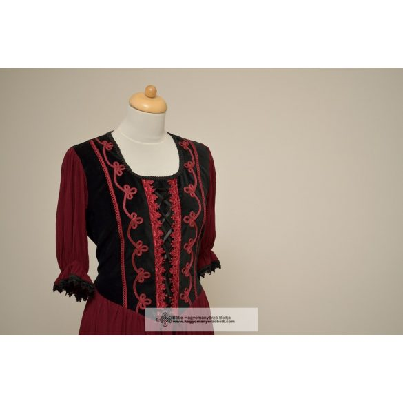 Női ruha-Bordó