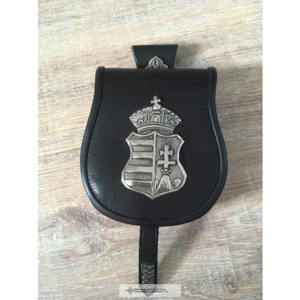 Címeres tarsoly-fekete