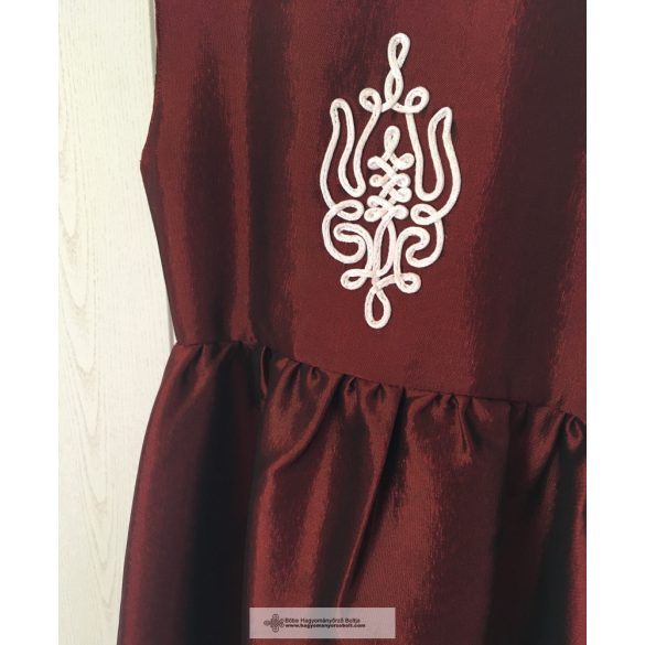 Bordó koszorúslány ruha