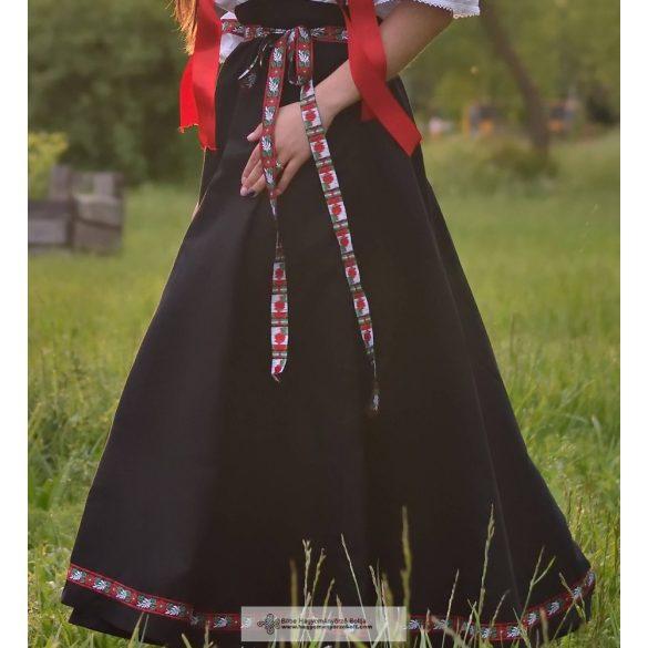 Lovagló szoknya-fekete-szalagos