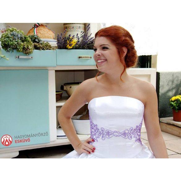 Zita menyasszonyi ruha