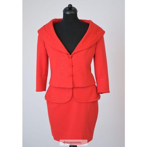 Zsófi kosztüm piros