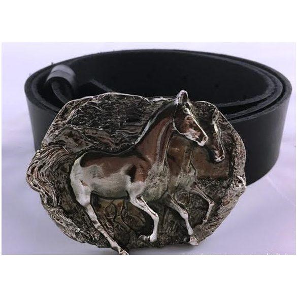 "Bőr öv-""Vágtató lovak"" csattal"