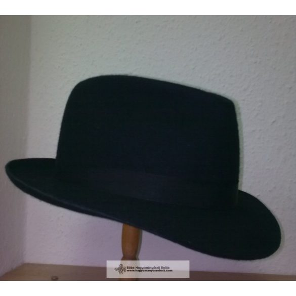 Hungarian hat for child